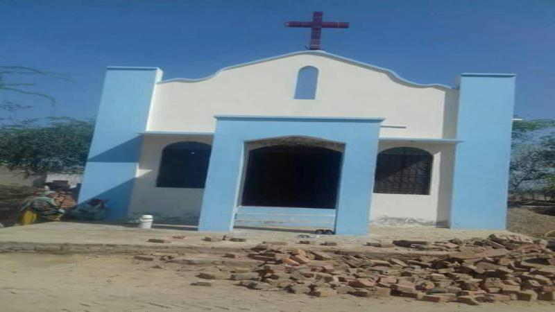 Pakistan Christian News image of Pakistan: Police force pastor and congregation to shut down Church
